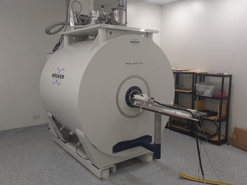 Picture of a Bruker BioSpec 94/30